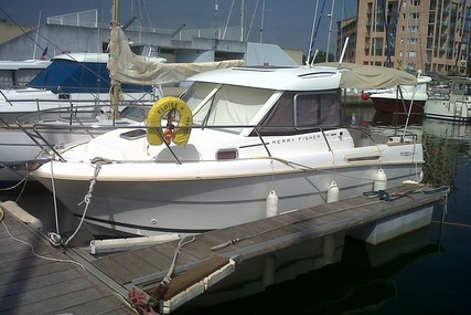Jeanneau Merry Fisher 705 for sale in France for €37,500 (£32,366)