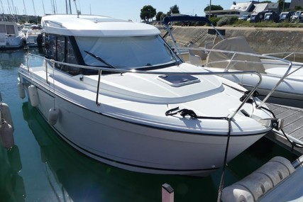 Jeanneau Merry Fisher 695 for sale in France for €39,000 (£32,889)