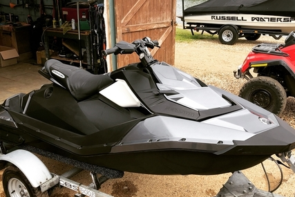 Sea-doo Spark Trixx 2017 for sale in United Kingdom for £5,995