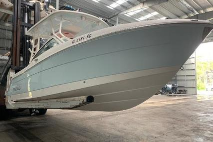 Robalo R247 Dual Console for sale in United States of America for $80,000 (£64,084)