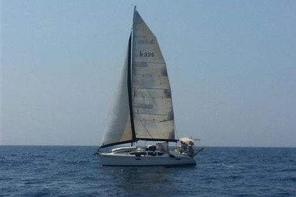 Hunter 336 Legend for sale in Turkey for $56,000 (£44,988)