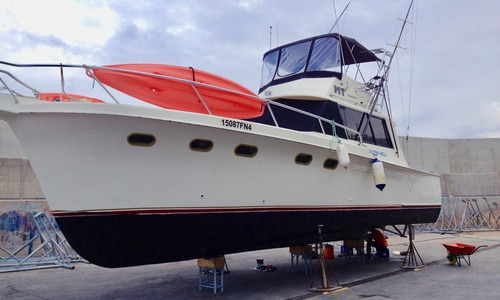 Image of Hatteras Contvertable 41 convertible for sale in Malta for €32,000 (£28,922) Malta