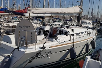 Beneteau First 35 for sale in France for €99,000 (£85,446)