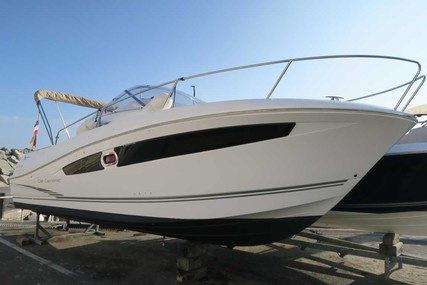 Jeanneau Cap Camarat 8.5 WA for sale in France for €65,000 (£57,703)