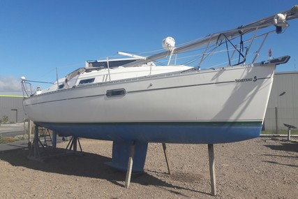 Beneteau Oceanis 281 for sale in France for €29,900 (£26,905)