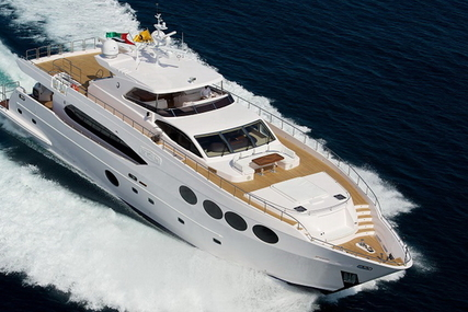 Majesty 105 for sale in Italy for €3,300,000 (£2,929,531)