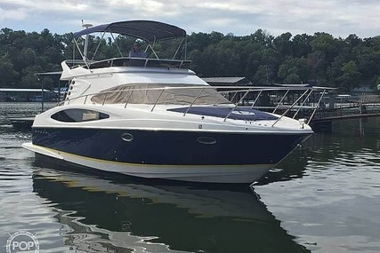 Regal 3880 Commodore Flybridge for sale in United States of America for $138,900 (£112,522)