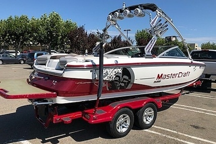 Mastercraft X25 for sale in United States of America for $62,000 (£47,921)