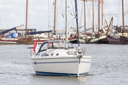 Catalina 375 for sale in Netherlands for €142,500 (£125,868)