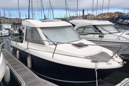 Jeanneau Merry Fisher 645 for sale in France for €24,000 (£20,652)