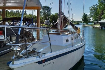 Ericson Yachts 32 for sale in United States of America for $11,000 (£8,891)