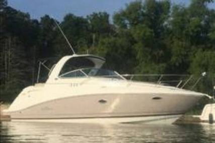 Rinker 330EC for sale in United States of America for $92,500 (£70,886)