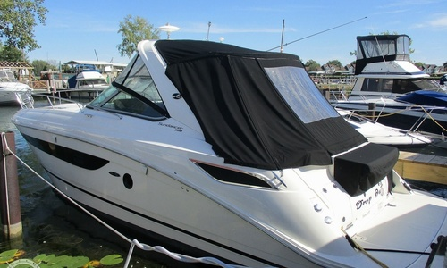 Image of Sea Ray 350 Sundancer for sale in United States of America for $245,000 (£189,116) Getzville, New York, United States of America