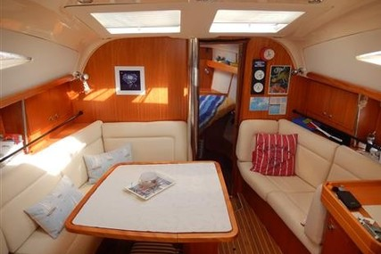 Elan Impression 384 for sale in Turkey for €75,000 (£63,247)