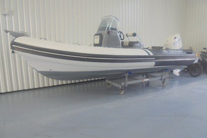 3D Tender X-Pro 589 for sale in France for €37,000 ($40,734)