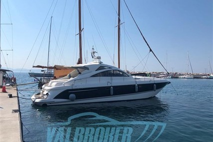 Fairline Targa 52 GT for sale in Italy for €360,000 (£310,712)