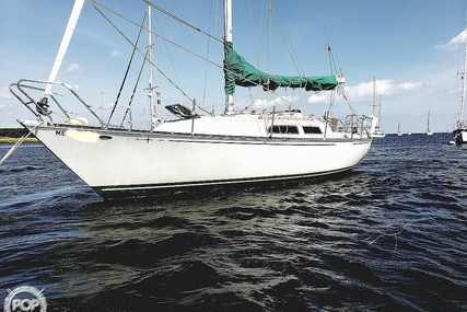 C & C Yachts 32 for sale in United States of America for $20,000 (£15,370)