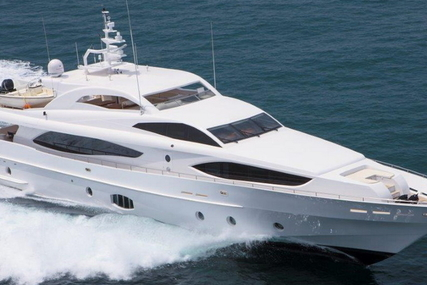 Majesty 121 for sale in United Arab Emirates for €3,685,000 (£3,255,818)