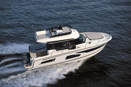 Jeanneau Merry Fisher 1095 Flybridge - Legend for sale in United Kingdom for £232,900