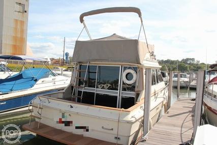 Sea Ray SRV 310 Vanguard Sedan Bridge for sale in United States of America for $12,000 (£9,263)