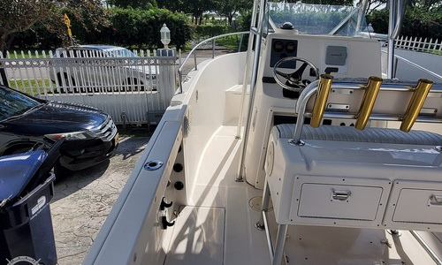 Image of Robalo R 230 for sale in United States of America for $29,500 (£23,146) Miami, Florida, United States of America