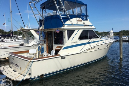 Chris-Craft Commander 36 for sale in United States of America for $32,000 (£24,361)