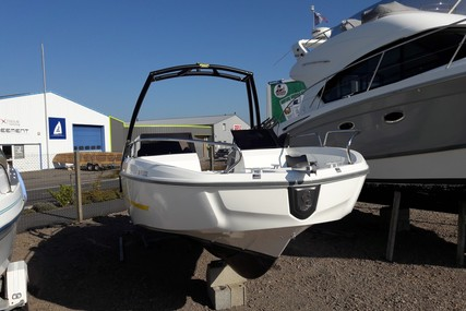 Beneteau Flyer 6.6 Sportdeck for sale in France for €27,000 (£24,201)