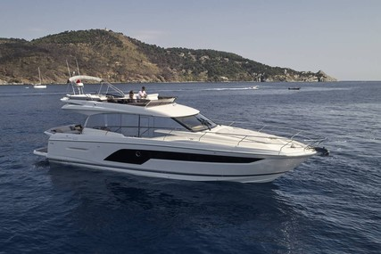 Jeanneau PRESTIGE 590 for sale in France for €1,090,000 (£933,035)
