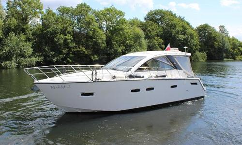 Image of Sealine SC35 for sale in United Kingdom for £159,950 Bray, United Kingdom