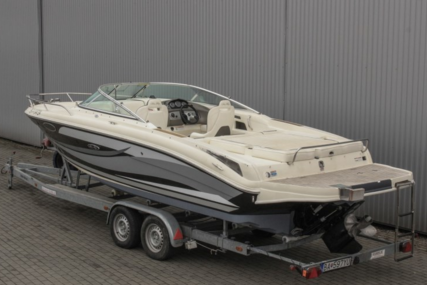 Sea Ray 240 Sun Sport for sale in Slovakia for €33,000 (£29,328)