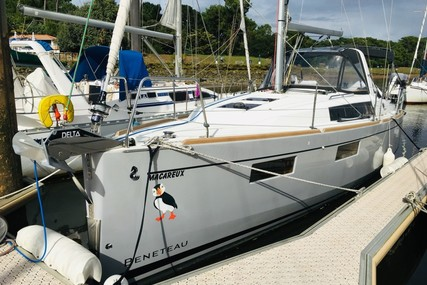 Beneteau OCEANIS 35.1 SHALLOW DRAFT for sale in France for €133,000 (£114,445)