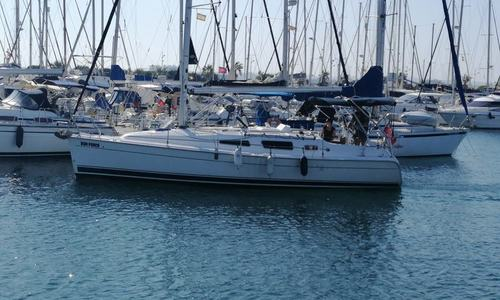 Image of Hunter 33 for sale in Spain for €52,500 (£48,123) Alicante, Spain