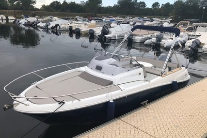 Jeanneau Cap Camarat 6.5 WA for sale in France for €34,500 (£29,777)