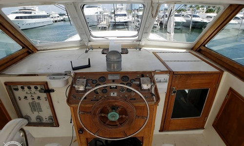 Image of Matthews 46 Motoryacht for sale in United States of America for $35,000 (£25,046) North Miami Beach, Florida, United States of America