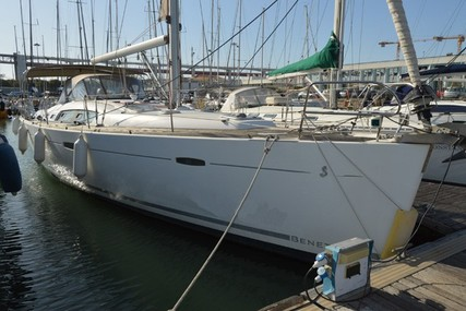 Beneteau Oceanis 46 for sale in Portugal for €170,000 (£141,875)
