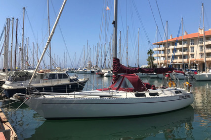 Hurley Tailwind 38 for sale in Spain for €39,000 (£35,749)