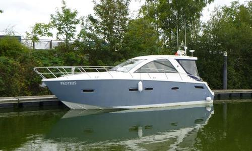 Image of Sealine SC35 for sale in United Kingdom for £162,950 Chertsey, United Kingdom