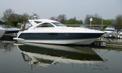 Image of Fairline Targa 44 Gran Turismo for sale in United Kingdom for £239,950 Chertsey, United Kingdom