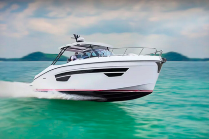 Oryx 379 open for sale in Spain for €300,000 (£249,041)