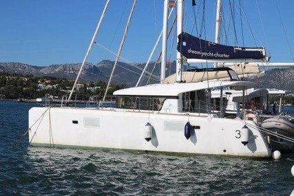 Lagoon 39 for sale in France for €245,000 (£207,144)