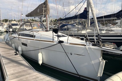 Jeanneau Sun Odyssey 349 Lifting Keel for sale in France for €97,000 (£86,981)