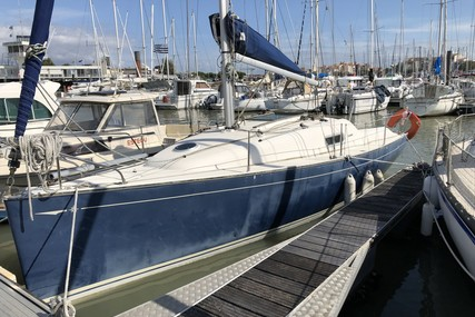 Jeanneau Sun 2500 Lifting Keel for sale in France for €16,500 (£14,847)