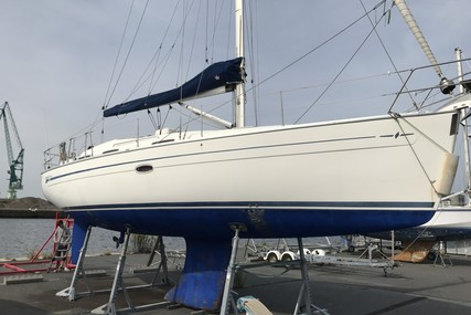 Bavaria Yachts 37 Cruiser for sale in France for €64,490 (£58,605)