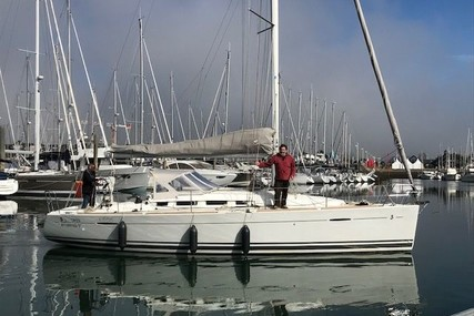 Beneteau First 35 for sale in France for €79,000 (£66,507)