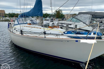 C & C Yachts 35 Landfall for sale in United States of America for $23,900 (£19,362)