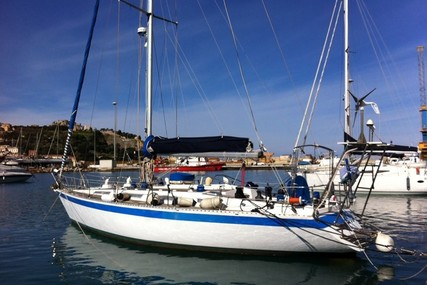 Wauquiez CENTURION 42 for sale in Italy for €57,000 (£48,571)
