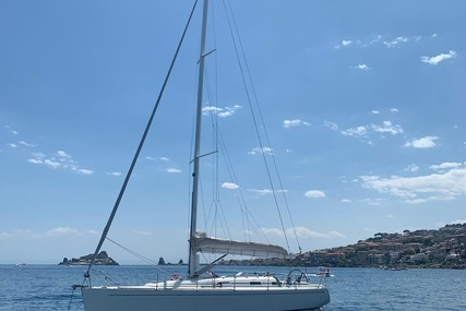 Grand Soleil 40 for sale in Italy for €125,000 (£105,355)