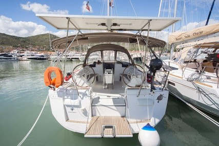 Jeanneau Sun Odyssey 439 for sale in France for €95,000 (£81,993)