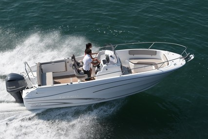 Jeanneau Cap Camarat 7.5 Cc for sale in France for €62,917 (£54,139)
