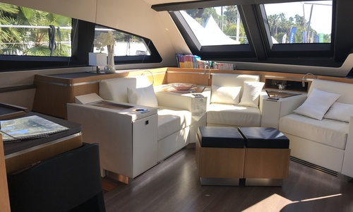 Image of Privilege Marine Serie 6 for sale in France for €1,900,000 (£1,635,703) Cannes, France